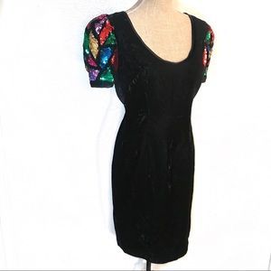 Gorgeous vintage party dress with sequin sleeves
